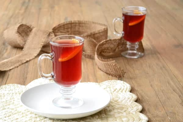 This hot cranberry cider recipe has sweet orange & subtle licorice flavors. Get the easy holiday drink recipe