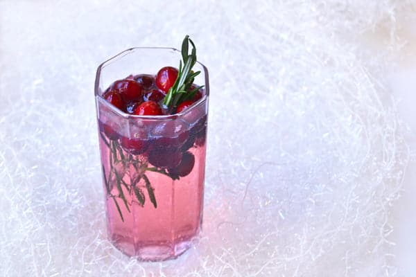 A Gin and Tonic Recipe for Christmas by @cookthestory