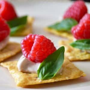 Recipes and Crafts for Spring: An Easy Appetizer Recipe for Spring: Raspberry Canapés with Basil and Balsamic