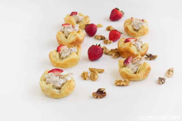 Granola, Yogurt and Walnut Cups, a make ahead recipe for brunch by @cookthestory for #BrunchWeek