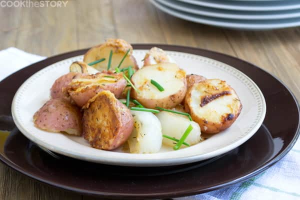 The Best Roasted Potato Recipe Ever: Parmesan Red Potatoes with Vidalia Onions. Try it instead of hashbrowns for brunch. By @cookthestory