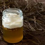 Homemade Apple Jello with Caramel Crème Fraîche in Jars #dessert #fallrecipes #apples #KeepItFraiche