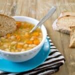 Slow Cooker Italian Vegetarian Bean Soup #recipe #soup #SlowCooker #vegetarian