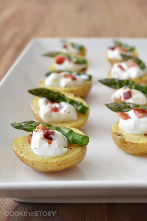 Baked Potato Bites by www.cookthestory.com