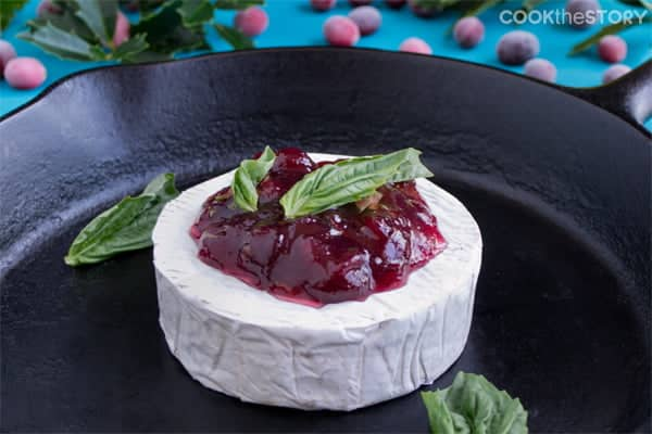 Cranberry-Basil Baked Brie Recipe