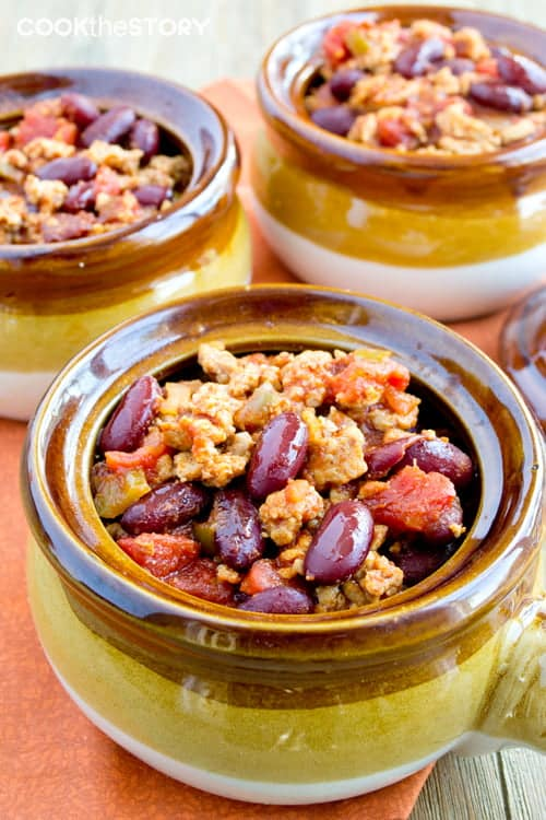 Quickest Homemade Chili Recipe. Ready in 10 minutes!