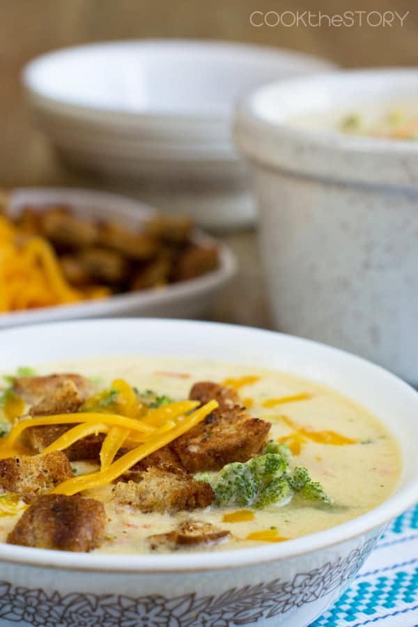 Easy Broccoli Cheese Soup, Like Panera\'s!