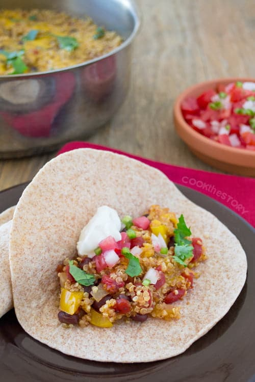 These one-pan vegetarian fajitas are easy to make yet delicious and healthy. They're perfect for the back to school season, especially for Meatless Mondays.