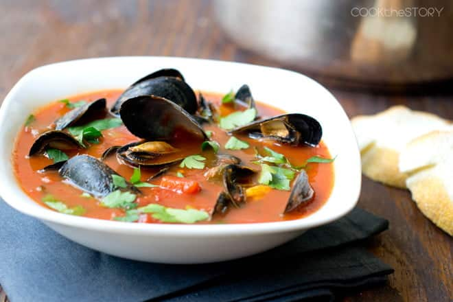 15 Minute Spicy Mussel Soup