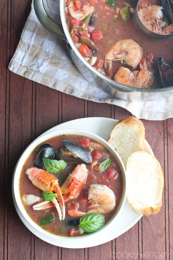 Easy Cioppini Soup Recipe