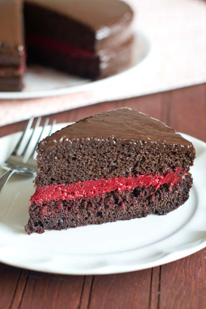 Red Velvet Filling for Chocolate Cake