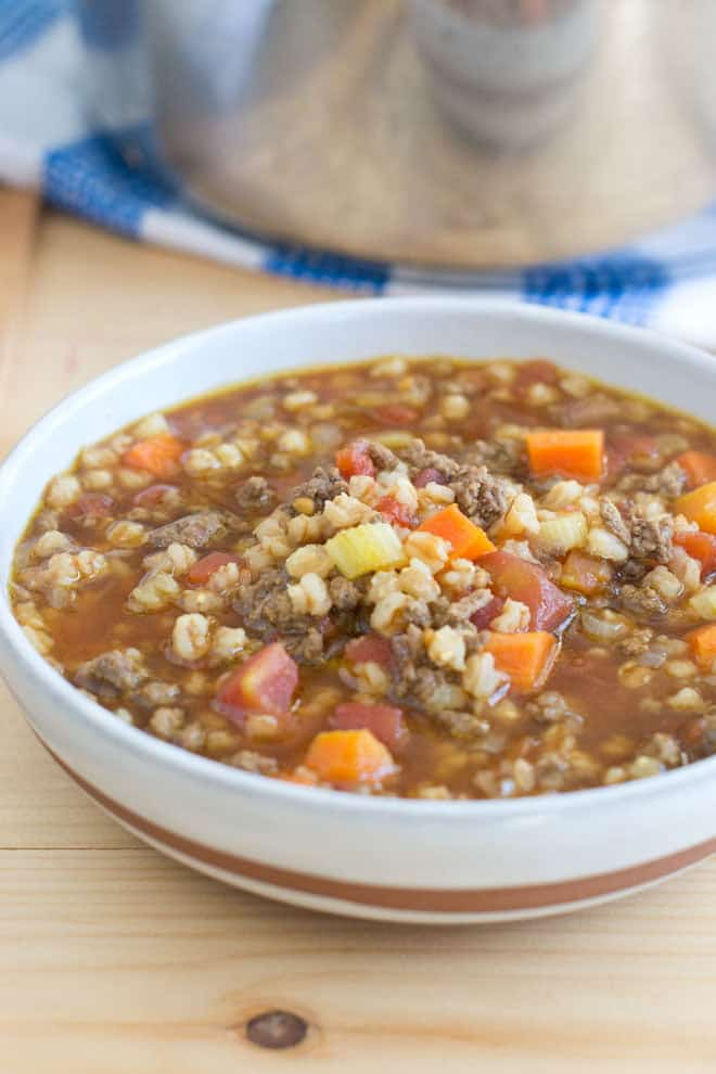 Deeelicious Beef and Farro Soup