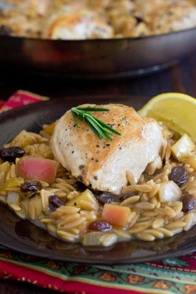 One-Skillet Chicken and Orzo with Apples and Rosemary - it's all done in one pan and tastes like Fall.
