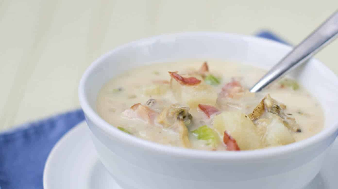 15-Minute Homemade New England Clam Chowder